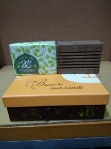 (13)2U法國馬賽內衣褲潔淨洗滌皂(法國馬賽皂聯盟狀元品牌 Fer A Cheval 馬賽手工皂)300克壹塊新台幣450元